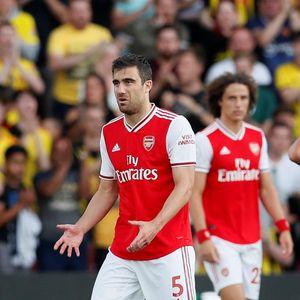 Arsenal yang Hobi Bikin Kesalahan Sendiri