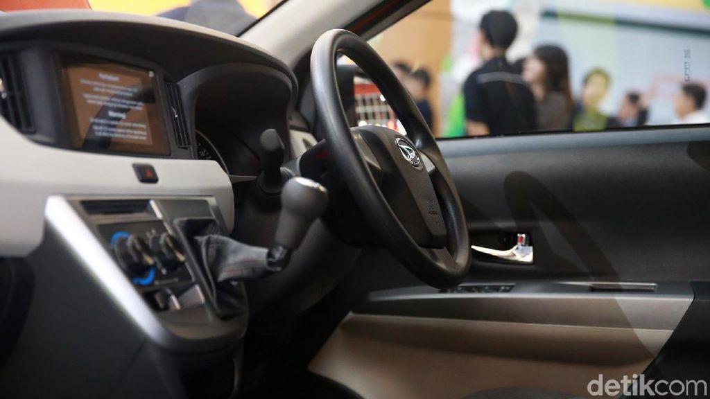 Sigra Digemari Sopir Taksi Online?