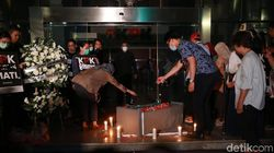 Prosesi Pemakaman KPK Mati di Gedung Merah Putih