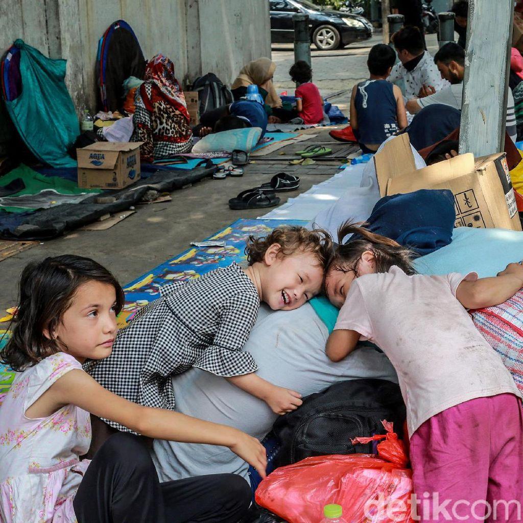 Pencari Suaka Kembali Ke Kebon Sirih, Pemprov Minta UNHCR Tegas