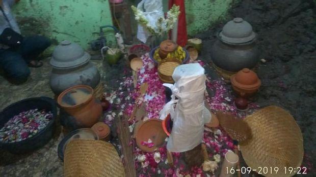 Pihak Keluarga Irit Bicara soal Ritual Tapa Pendhem Mbah Pani