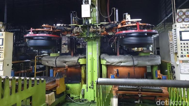 Pabrik ban Hankook Foto: Luthfi Anshori