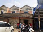 Digeledah Polisi, Kantor Travel Umrah PT Damtour Kosong Melompong