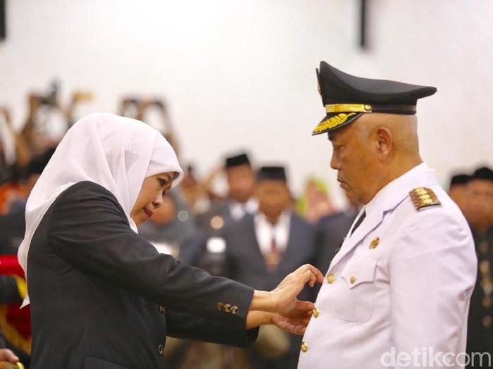 Gubernur Khofifah melantik Sanusi jadi Bupati Malang/Foto: Hilda Meilisa Rinanda