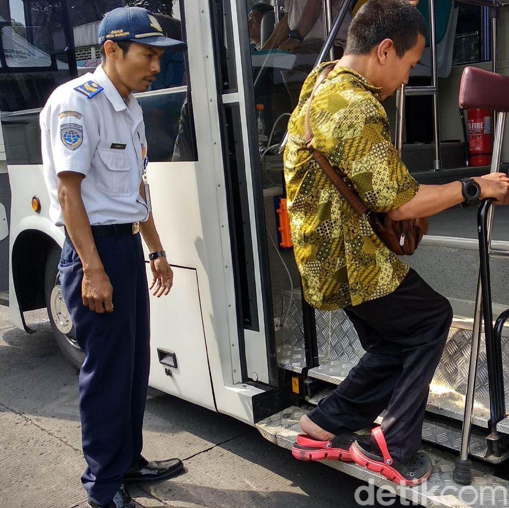 Pemkot Bandung Luncurkan Dua Bus Ramah Penyandang Disabilitas
