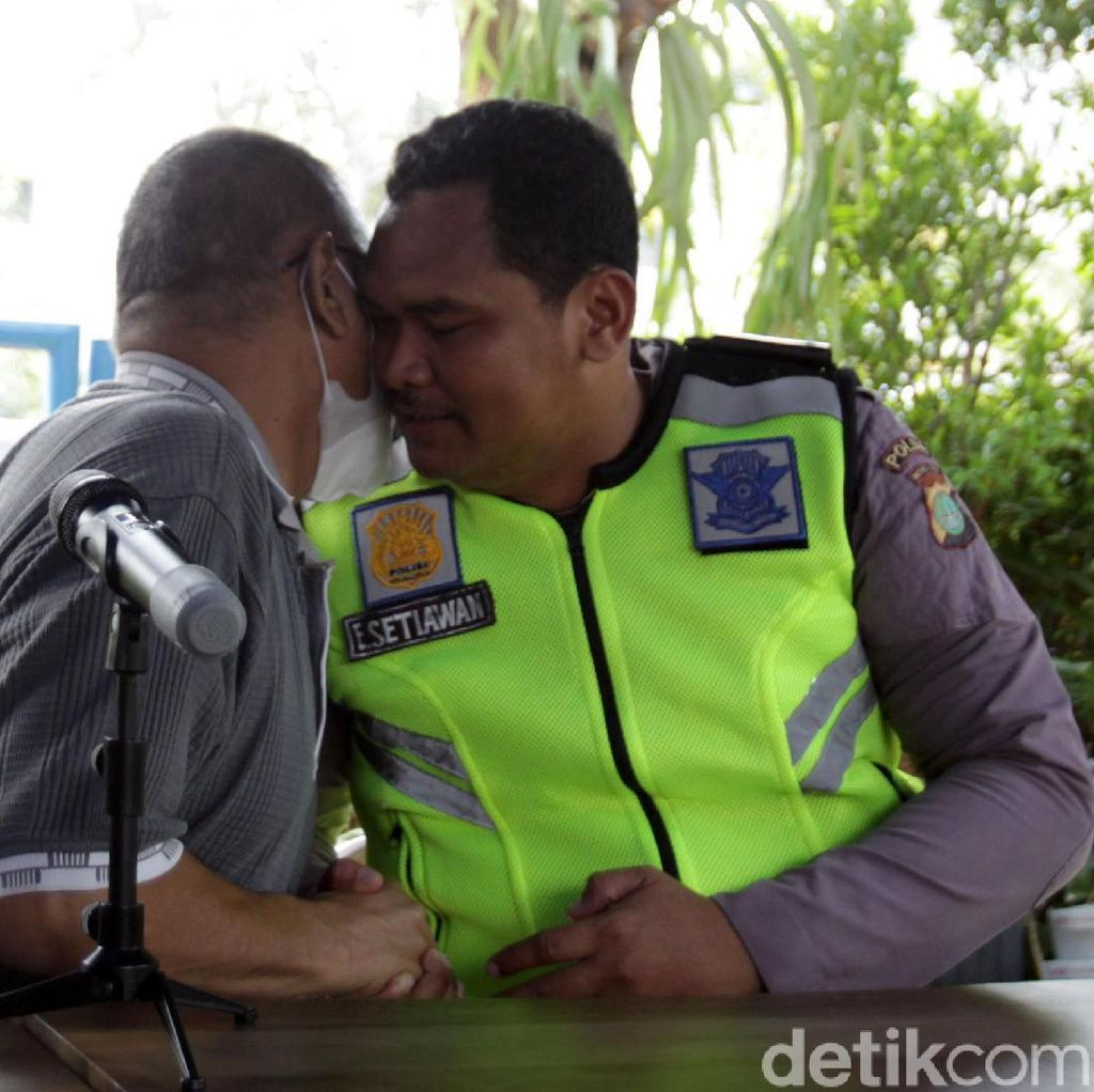 Akhir Haru Insiden Polisi Nemplok Mobil di Pasar Minggu