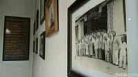 Dari situ terbentuk tiga kelompok masyarakat Tionghoa Muslim bermazab hanafi yang tersebar di wilayah Sembung, Serindil dan Talang. Masing-masing dilengkapi masjid. Muslim Tionghoa yang berada di Sembung berkembang pesat, namun tidak di dua wilayah lainnya yakni Serindil dan Talang. Kondisi tersebur membuat Muslim Tionghoa memilih memusatkan aktivitasnya di Sembung. (Foto: Sudirman Wamad/detikcom)