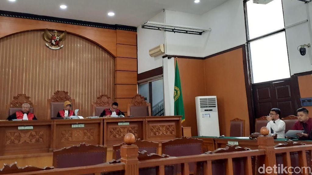 Jaksa Agung Tak Hadir, Sidang Gugatan Kivlan Zen soal Pam Swakarsa Ditunda