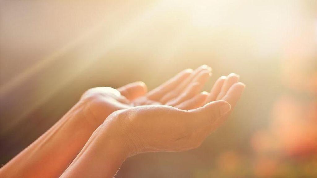 Doa untuk Orang Tua Agar Senantiasa Bahagia