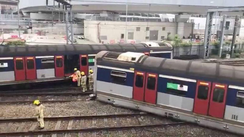 Kereta Tiba-tiba Tergelincir di Hong Kong, 8 Orang Luka-luka