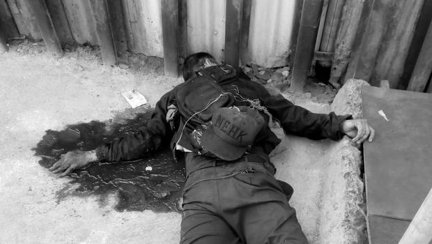 Korban ditemukan dalam kondisi tidak sadarkan diri.