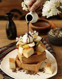 Sore Ini Enaknya Ngemil Honey Toast, Roti Panggang Berlumur Madu yang Legit
