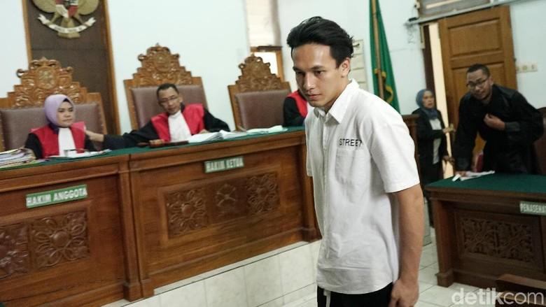 Jefri Nichol Jalani Sidang Tuntutan Hari Ini