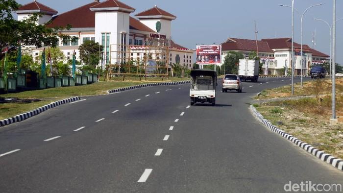 Presiden Jokowi telah mengumumkan ibu kota baru berlokasi di Kabupaten Penajam Paser Utara, Kaltim. Yuk kita intip kotanya.