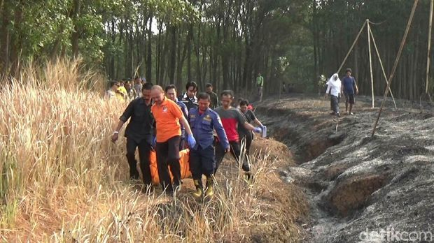 Pekerja Tewas Terbakar Saat Bakar Sampah di Lahan Perhutani Purwakarta