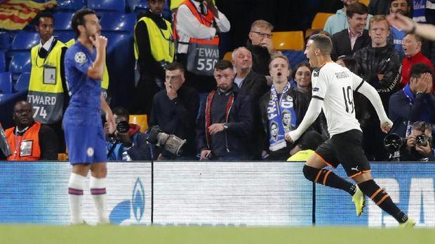 Chelsea gagal meraih poin di kandang.