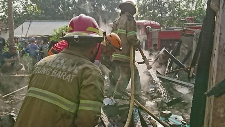 Pom Mini Meledak di Bandung Barat, 1 Rumah Ludes Terbakar