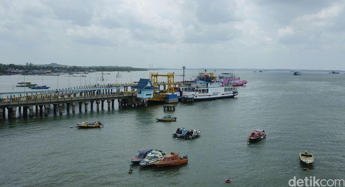 Pelabuhan Penajam di Kabupaten Penajam Paser Utara (PPU) menjadi gerbang masuk ke ibu kota baru Indonesia.