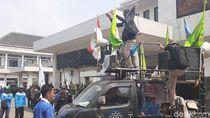 Buruh dan DPRD Bandung Barat Kompak Tolak Kenaikan BPJS Kesehatan