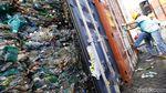 Penampakan 9 Kontainer Sampah Plastik yang Dikembalikan ke Australia