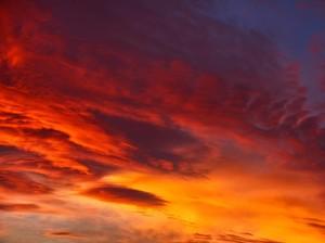 Tes Kepribadian: Pilih Pemandangan Langit yang Menurut Kamu Paling Indah