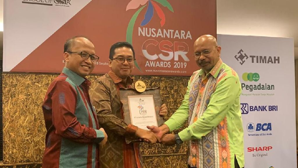 Hutama Karya Kembali Sabet Penghargaan Nusantara CSR Awards