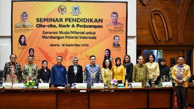 Gelar Seminar, Golkar Paparkan Kunci Sukses untuk Generasi Muda
