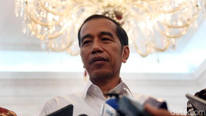 Presiden Jokowi memberikan keterangan pers terkait pengunduran diri Menpora Imam Nahrawi setelah ditetapkan sebagai tersangka korupsi.