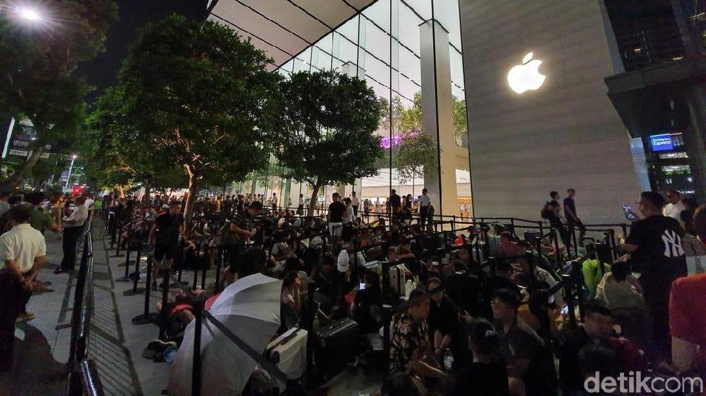 Gate antrean Apple Orchard dibuka pukul 07.00 pagi dan ditutup pukul 18.00 waktu Singapura. (Adi Fida Rahman/detikcom)