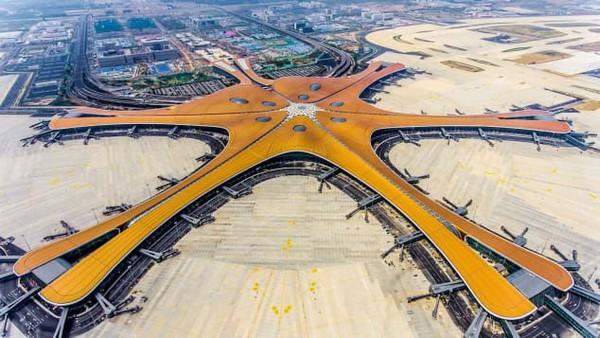 Sebagai pusat penerbangan tersibuk kedua di dunia, Bandara Daxing akan dibuka menjelang peringatan ke-70 Republik Rakyat China (CNN)