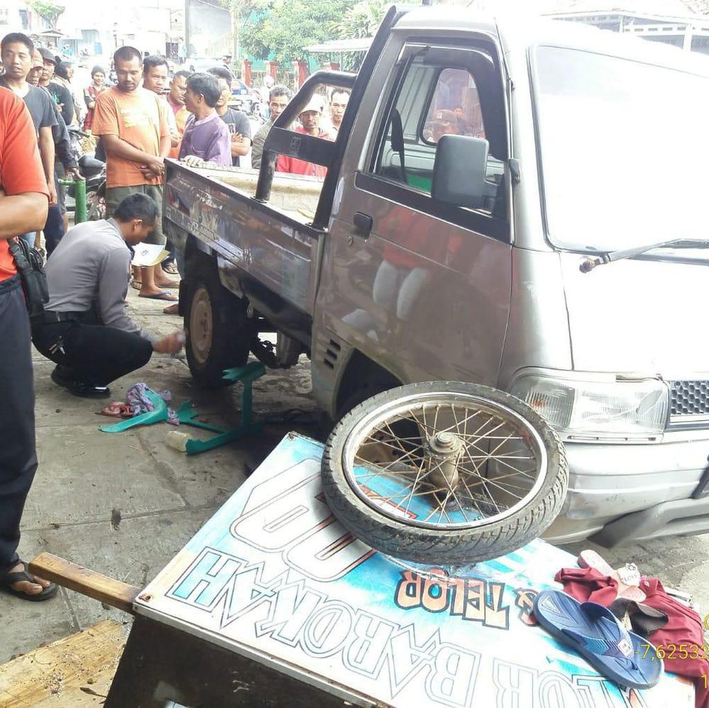 Mobil Seruduk Kerumunan Bocah TK Jajan Cilok di Tasikmalaya, 2 Tewas