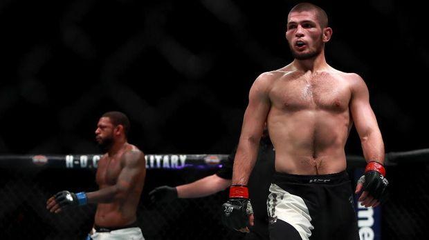 Khabib Nurmagomedov mendominasi kelas ringan UFC.