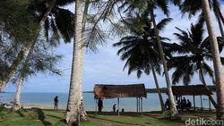 Sinabang, Pulau Aceh yang Lebih Dikenal Wisman Karena Ombaknya
