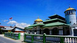 Kisah Masjid di Pulau Rote, Dibangun Pakai Telur dan Gula
