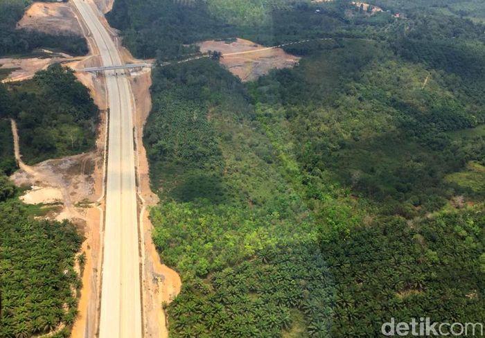 Presiden Joko Widodo memutuskan lokasi ibu kota negara di Penajam Paser Utara dan Kutai Kartanegara (Kukar), Kalimantan Timur. Di Kukar, lahan untuk ibu kota baru berada di Kecamatan Samboja.