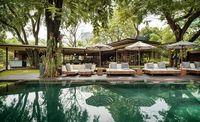 Tempat nongkrong ala Bali.
