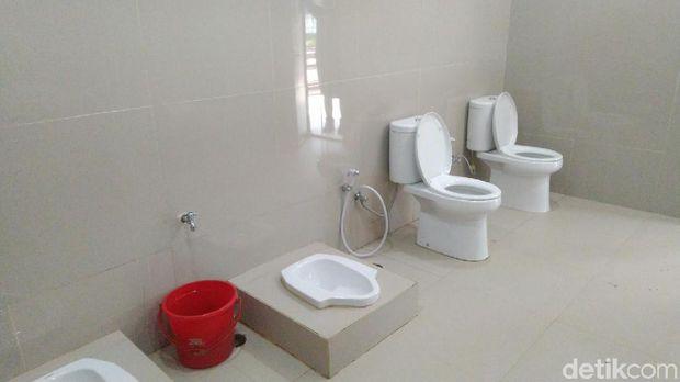 Toilet Viral Stasiun Ciamis Didesain Pakai Partisi