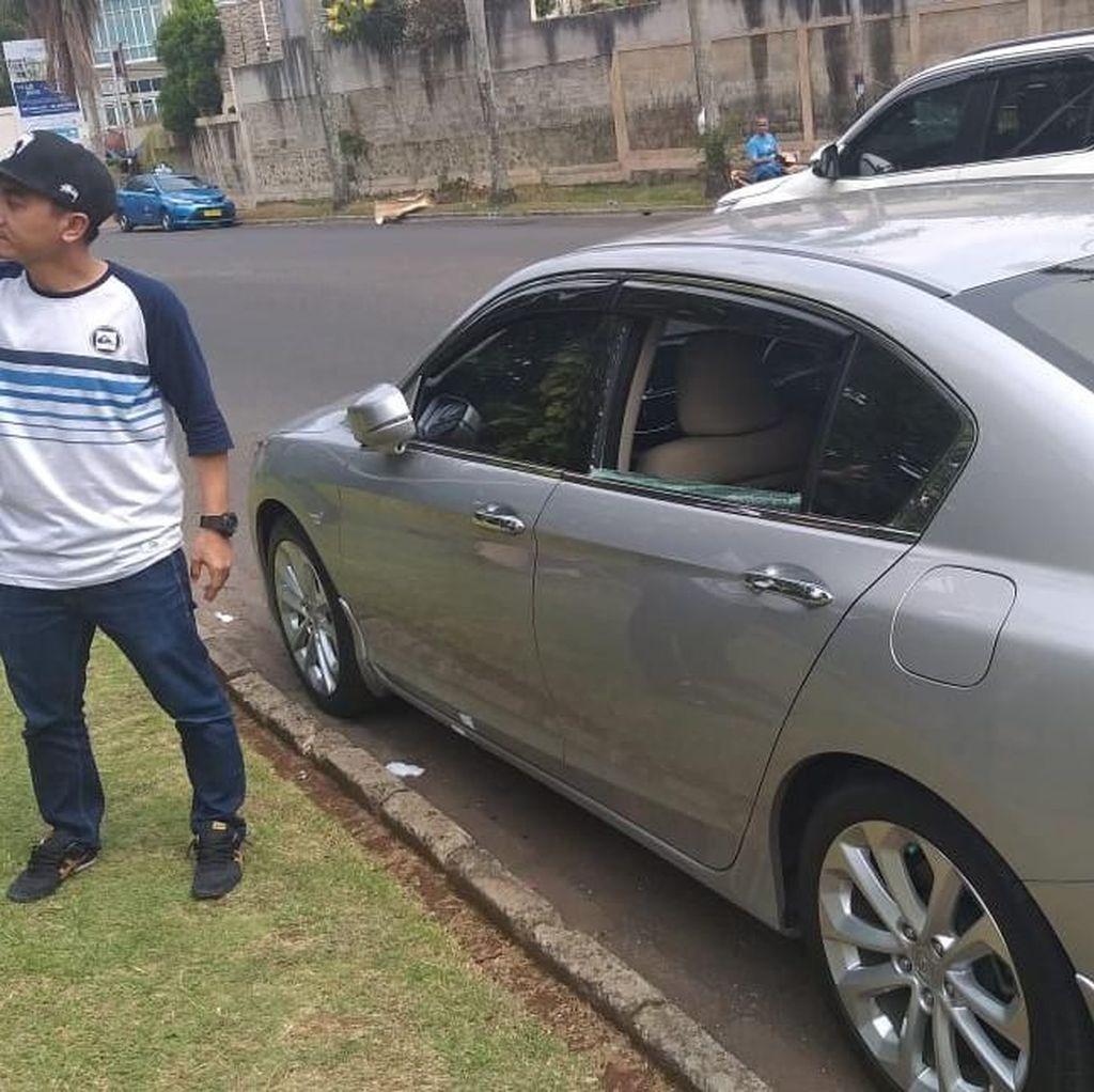 Usai Lapor Polisi soal Pencurian Pecah Kaca, Rico Ceper Tabrak Mobil Polisi