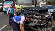 Tabrakan Beruntun di Tol Tangerang, 2 Orang Terluka