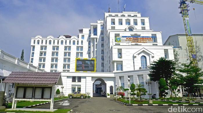 Foto: Gedung Pemprov Sumatera Utara (Dok Humas Pemprov Sumut)