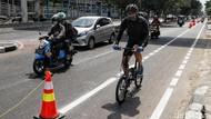 Pengendara Mutlak Salah jika Tabrak Pesepeda di Jalurnya?