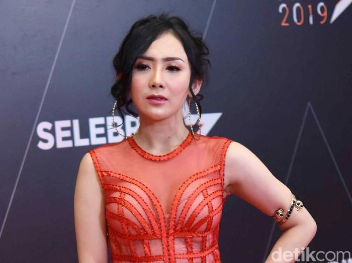 Ucie Sucita saat ditemui di acara Selebrita Awards 2019.