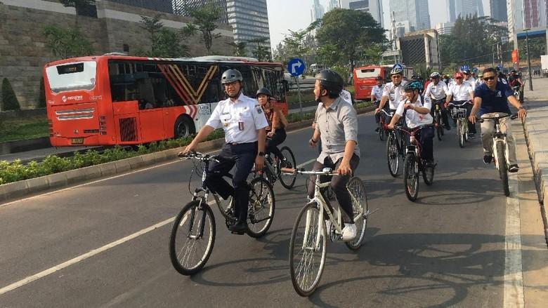 Anies Akan Luncurkan Jalur Sepeda Fase 2: Fatmawati hingga Sudirman