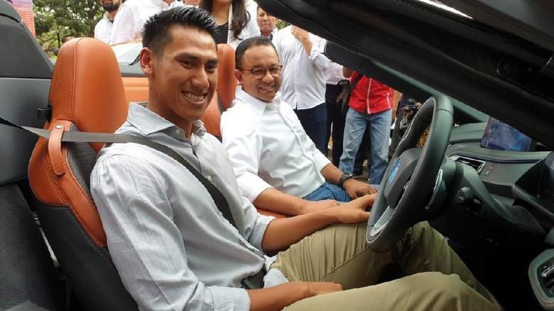 Sean Gelael dalam acara pengumuman Jakarta sebagai tuan rumah Formula E 2020