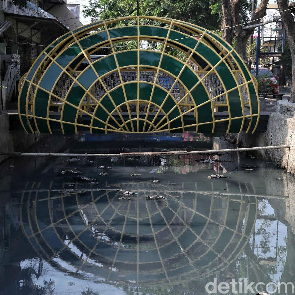 Potret Jembatan Kerang Hijau yang Ikonik di Utara Jakarta