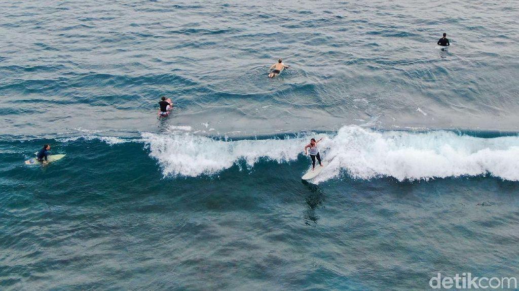 Mau Surfing di Simeulue Aceh? Segini Uang yang Harus Dibawa
