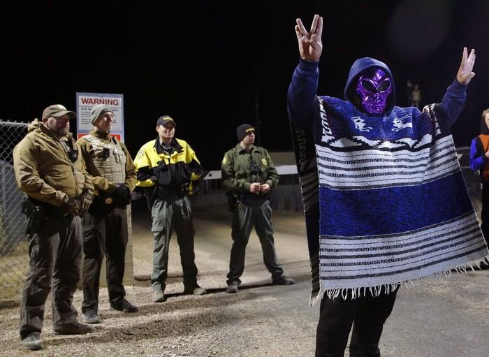 Para pengunjung Area 51. Foto: AP