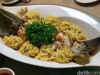Master Chef Lin Lou Racik Hidangan Xiang yang Pedas Lezat di Jakarta