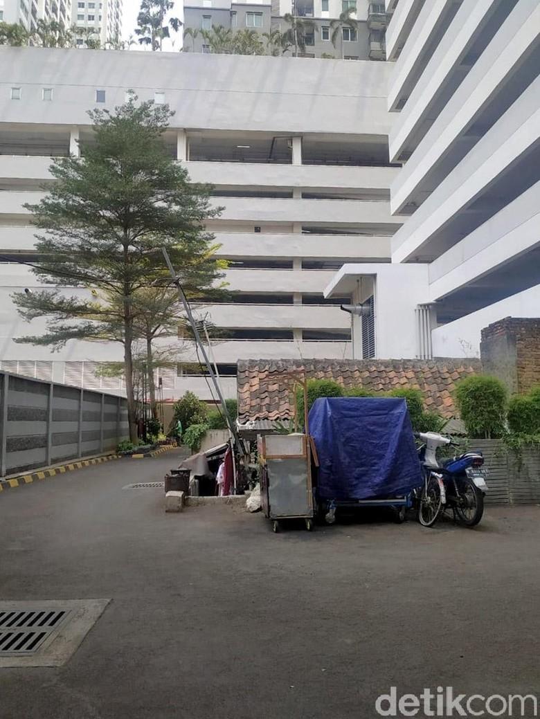 Soal Rumah Tua di Kompleks Apartemen, Pengelola: Penghuni Tak Terganggu