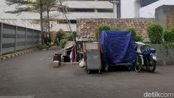 Pemilik Rumah Tua di Tengah Apartemen Jakpus Keluhkan Sulit Dapat Air Bersih